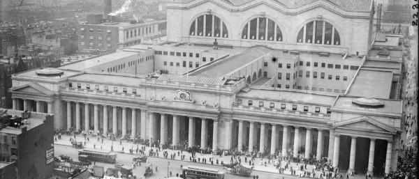 penn-station-1910-2500x1073